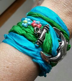 Beaded wrist band with anchor detail