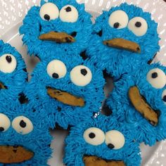 Cookie monster cupcakes. My co-worker made these! Shes amazingly talented. Especially since they were the first ones shes done of this kind. They taste amazing too! themes