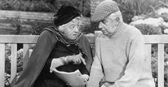 """Miss Marple Mysteries"" wat waren die elke keer weer spannend. Margaret Rutherford, Miss Marple, Old Folks, Agatha Christie, British Actors, Classic Films, Old Pictures, Childhood Memories, Actors & Actresses"