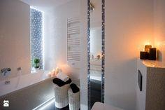 I LOVE WHITE - Średnia łazienka bez okna - zdjęcie od LOFT ART Izabela Balbus