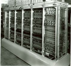 Maniac at Los Alamos. World's First Computer, Alter Computer, Rare Pictures, Historical Pictures, Computer Technology, Computer Science, Computer History Museum, New Laptops, Retro Futurism