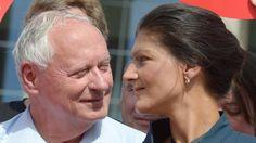 """""""Wir denken eingeständig"""": Lafontaine freut sich über Erfolg seiner Frau"""