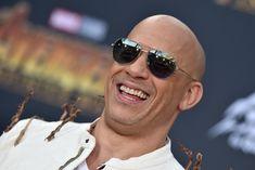 """O ator Vin Diesel explicou, na última terça-feira (12), que o fim da franquia Velozes e Furiosos em duas partes é um plano de quase uma década. Em entrevista à EW, ele ainda afirmou que a decisão foi inspirada pelo Universo Marvel, que encerrou um primeiro grande ciclo com """"Ultimato"""" e """"Guerra Infinita"""". Vin Diesel na premiere de """"Vingadores: Guerra Infinita"""" (Foto: Axelle/Bauer-Griffin/FilmMagic)  """"Fazendo p"""