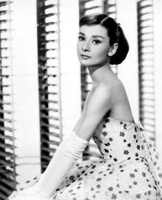 Audrey Hepburn...beautifull!   www.brayola.com