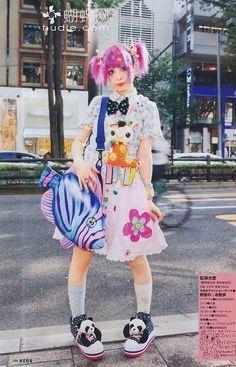 Harajuku girl decora japanese fashion kawaii | Harajuku&kawaii style | Pinterest