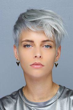 Super Short Hair, Short Grey Hair, Short Hair With Layers, Short Hair Cuts For Women, Short Hairstyles For Women, Short Hair Styles, Straight Hairstyles, Short Pixie Haircuts, Pixie Hairstyles