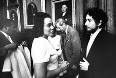 Civil rights activist Coretta Scott King talks to American singer and songwriter Bob Dylan after they were each given honorary degrees from Princeton University on June Princeton, New Jersey. Bob Dylan, Minnesota, Bobby Seale, Billy The Kid, Coretta Scott King, Black Panther Party, Joan Baez, Civil Rights Activists, Shadow Warrior
