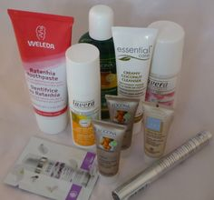 How many cosmetics can you get into a 20 x 20 cm plastic bag? - suvarna.co.uk