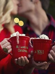christmas couple photos with hot cocoa 'all i want for christmas is you' Christmas Couple, Christmas Time Is Here, Christmas Mugs, Little Christmas, Christmas Pictures, Winter Christmas, All Things Christmas, Christmas Home, Christmas Cards