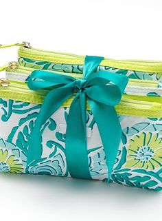 ELLE 3-pc. Summer Cosmetic Bag Set for gifts