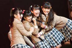 Sakura Gakuin - The Road to Graduation 2013 ~ Houkago Anthology Minna De Wasshoi ~