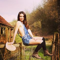 Model and MUA: Laura Sherman Photographer: Light The Face Countryside, Gate, Location, Shoot, Boots, Dungarees, Denim, Long socks, Brunette, Long hair