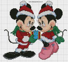 ENCANTOS EM PONTO CRUZ: A turma do Mickey