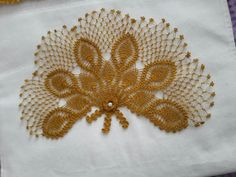This Pin was discovered by HUZ Diy And Crafts, Dots, Needlepoint, Bebe