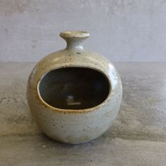 Retro handcrafted pottery salt cellar (salt pig). Most likely Australian pottery.