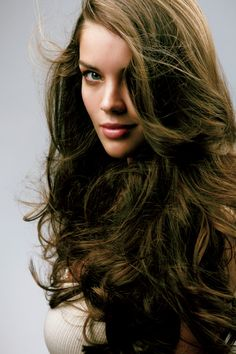 Teasing Your Hair: A Complete Guide