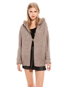 Bershka - Jacke with fur