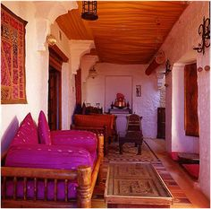 indian inspired, indian decor, indian interiors, indian jewelry, indian home Indian Inspired Decor, India Decor, Indian Home Design, Moroccan Home Decor, Asian Interior, Murals For Kids, Indian Interiors, Indian Furniture, Indian Homes