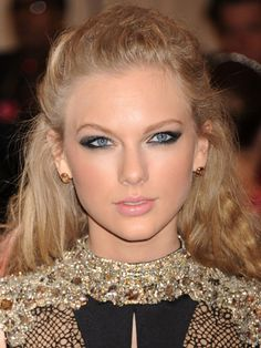 Taylor Swift - date makeup ideas - Cosmopolitan.co.uk