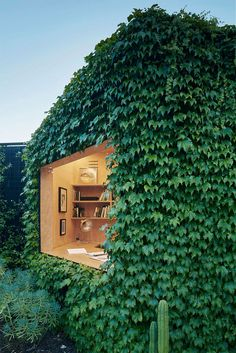 Green Leaves Powered Writer's Shed By Matt Gibson Architecture + Design » Design You Trust