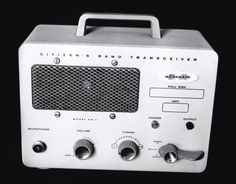 Heathkit CB-1 portable CB Transceiver.