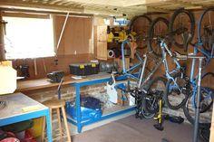 Bike Storage Design With Toolbox And Wooden Bench, bike storage garage, bike garage storage ~ Home Design Outside Bike Storage, Bike Storage Options, Bike Storage Systems, Vertical Bike Storage, Bike Storage Design, Storage Ideas, Garage Organisation, Garage Storage, Tool Box
