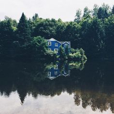 Blue house in the brush on the lake. Beautiful Homes, Beautiful Places, Cabins And Cottages, Cabins In The Woods, Where The Heart Is, My Dream Home, The Great Outdoors, Interior And Exterior, Interior Design