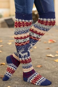 Order our women's knee socks to keep those toes and calves extra warm and comfy! Visit Red Dress Boutique for the cutest knee socks and accessories for women. Fall Winter Outfits, Autumn Winter Fashion, Winter Style, Men In Heels, Jackson Hole, Knee Socks, Womens Purses, Classy And Fabulous, Meet