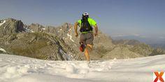 En Picos seguimos disfrutando de la nieve!!¿Que os parece? We are still enjoying the snow here, in Picos!!What do you think? ;) #running #summersnow #picosdeeuropa