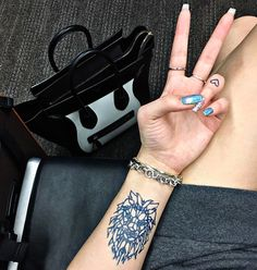 Peace out commitment— inkbox tattoos look and feel like real tattoos but only last for two weeks!    #inkbox #inkboxlove #2weektattoo #tattoo