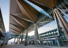 Pulkovo International Airport terminal by Grimshaw (Pulkova, I didn't know you had it in you)