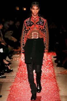 Givenchy Fall 2015 Menswear Fashion Show
