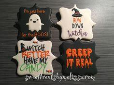 Halloween cookies with Halloween sayings Thanksgiving Cookies, Fall Cookies, Cute Cookies, Pumpkin Cookies, Holiday Cookies, Cupcake Cookies, Halloween Cupcakes, Halloween Snacks For Kids, Halloween Cookies Decorated