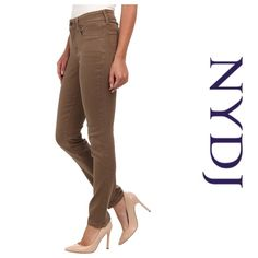 """NYDJ Alina Leggins Preowned  Worn Twice Cotton, 19% Polyester, 1% Spandex    inseam 29"""" Made in the USA NYDJ Pants Skinny"""