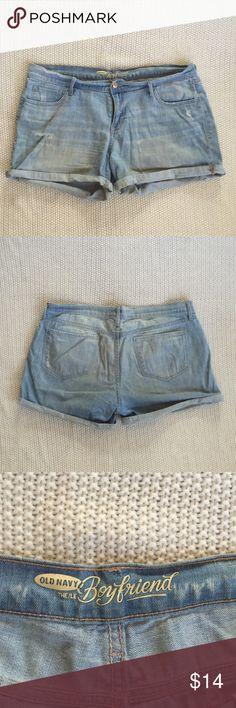 🌼LOWBALL SALE! Make me an offer!🌼 Light blue denim shorts. Slightly distressed. Boyfriend style. Old Navy Shorts Jean Shorts