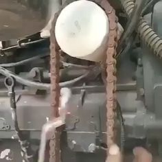 Improvised chain wrench - picture for you Metal Working Tools, Metal Tools, Garage Tools, Diy Garage, Simple Life Hacks, Useful Life Hacks, Metal Projects, Welding Projects, Homemade Tools