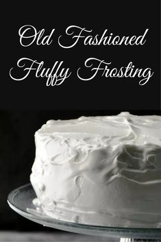 Fashioned Fluffy Frosting Old fashioned fluffy frosting recipe -- I've always called it 7 minute frosting.Old fashioned fluffy frosting recipe -- I've always called it 7 minute frosting. Fluffy Frosting Recipes, Fluffy Icing, Cake Frosting Recipe, Homemade Frosting, Icing Frosting, Egg White Frosting, Recipe For Fluffy White Frosting, 7 Min Frosting, Marshmallow Frosting Recipes