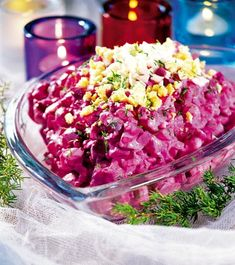 Rosolje, Estonian Potato Salad    http://french-in-estonia.blogspot.com/2010/01/rosolje-estonian-pink-salad.html