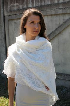 Felt silk and wool felted shawl 'White Swan' Handmade by doseth