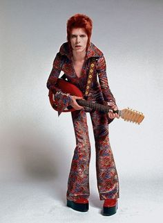 David Bowie- Fashion of music artists