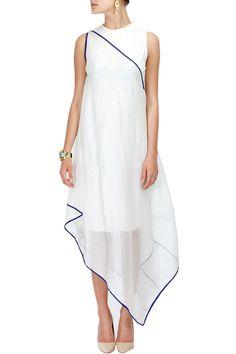 Ivory checkered drape dress by Rahul Mishra Indian Fashion, Boho Fashion, Fashion Outfits, Fashion Design, Style Fashion, Indian Attire, Indian Wear, Pakistani Outfits, Indian Outfits
