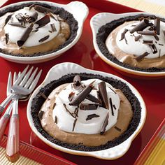 Mocha Cream Pies #recipe (easy make-ahead dessert!)