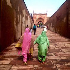 As cores da Índia! #stroll_viagens #travel #india #agra