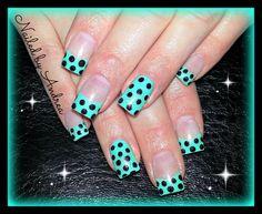 simple 50's polka dot gel nails