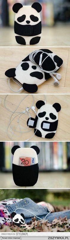 Panda kabát a mobilodnak. - Panda cellphone jacket.