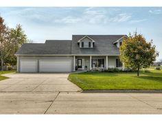 820 W Benton St, Winterset, IA 50273. 4 bed, 3 bath, $245,000. Great value and floo...