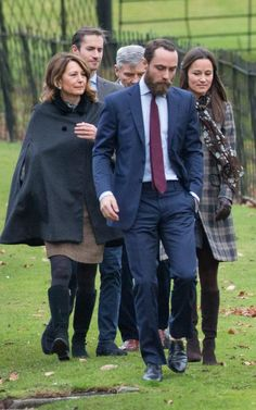 The Middletons :: Carole, Michael, James & Pippa with her fiancé James Matthews // Christmas Service at St Mark's Englefield, 2016 Pippa And James, Kate And Pippa, Prince William And Catherine, James Middleton, Carole Middleton, Princess Kate, Princess Charlotte, Duchess Kate, Duchess Of Cambridge