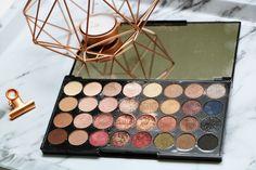 La palette que j'adore... Make Up Revolution | Flawless 32 shades eyeshadow - Je pixelle !