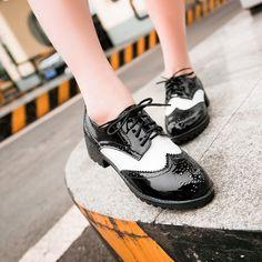 Cute Womens Ladies Patent Lace Up Cuban Court Brogue Oxford Shoes Snug Black US8
