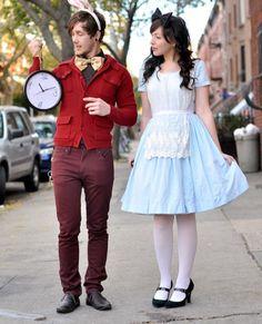 Adorable Alice In Wonderland couples costume